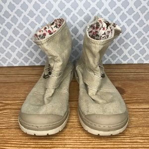Roxy Tan Buckle Ankle Boots Floral Lined